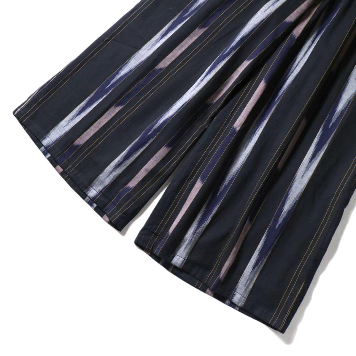 SOIL / WIDE EASY PANTS (Black Base) 裾