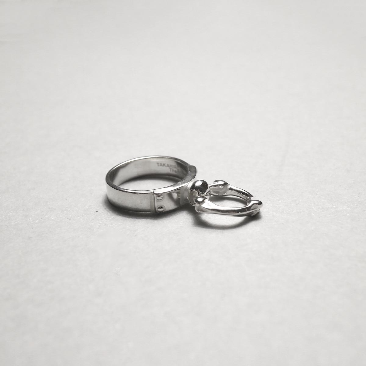 The Soloist / sa.0041AW20 single bone shaped ring narrow ring.別角度