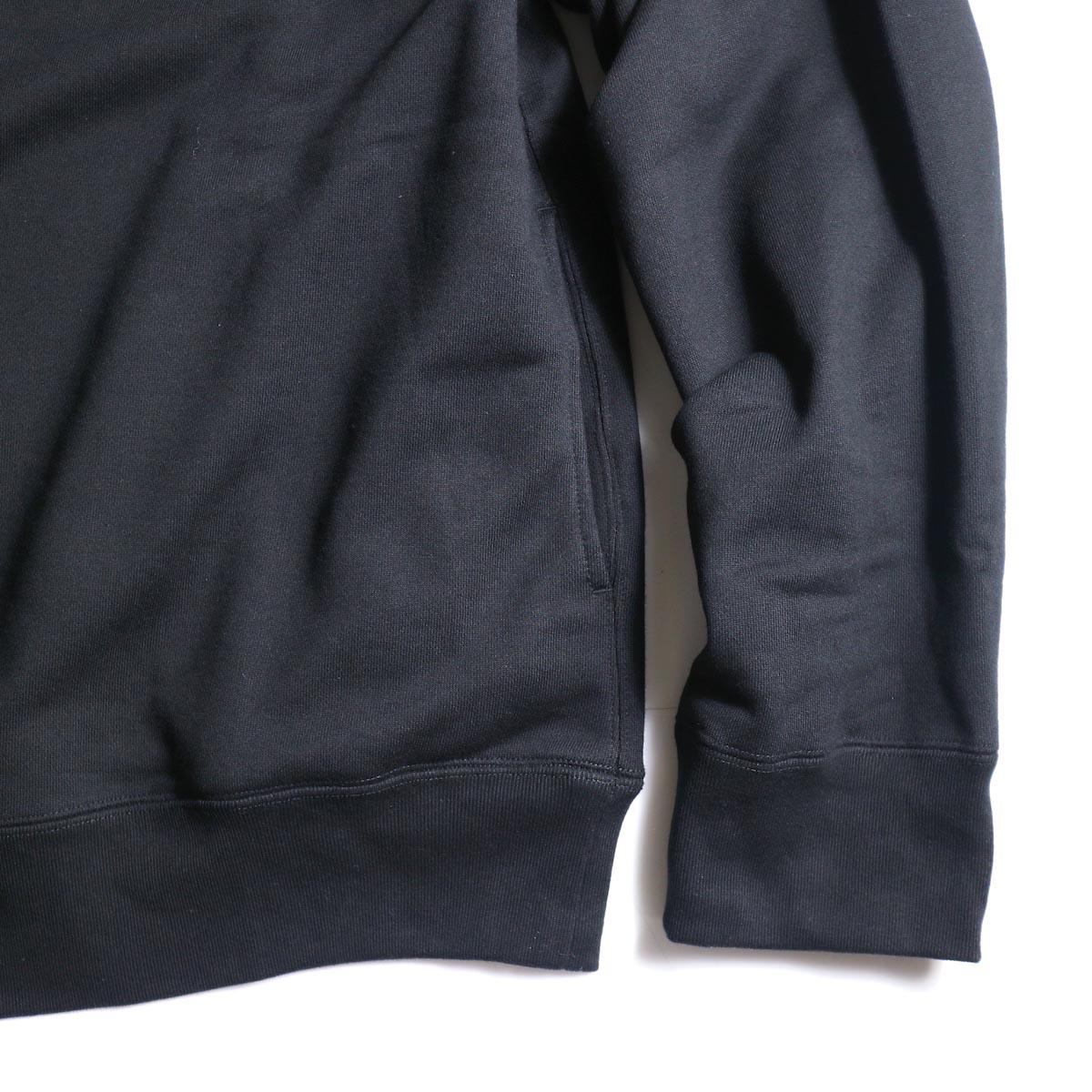 The Soloist / sc.0001bAW20 shoulder buttoned boat neck sweatshirt. (Black)袖、裾