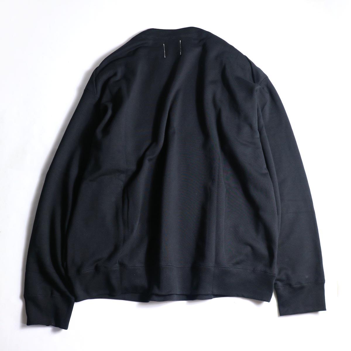 The Soloist / sc.0001bAW20 shoulder buttoned boat neck sweatshirt. (Black)背面