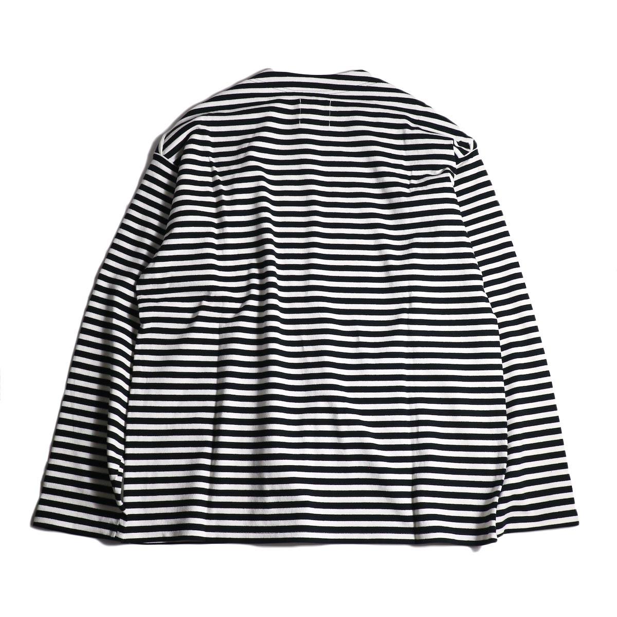 The Soloist / sc.0005cAW20 shoulder buttoned boat neck shirt. (Black×White)背面