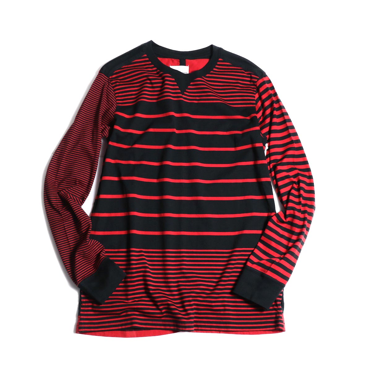 The Soloist / swc.0008b crew neck l/s tee (Black × Red)