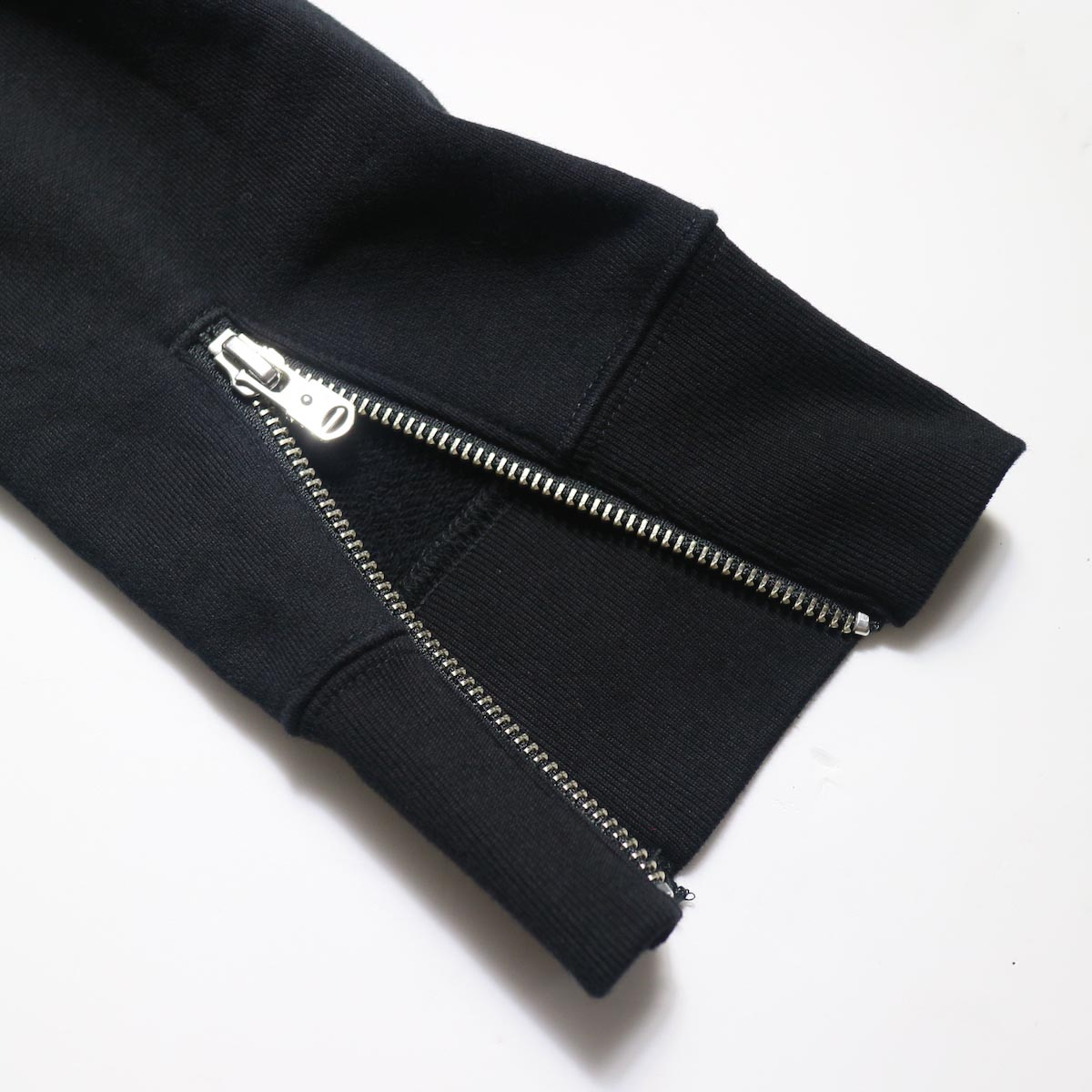 The Soloist / sc.0015bAW20 pullover hoodie. (Black)袖zip