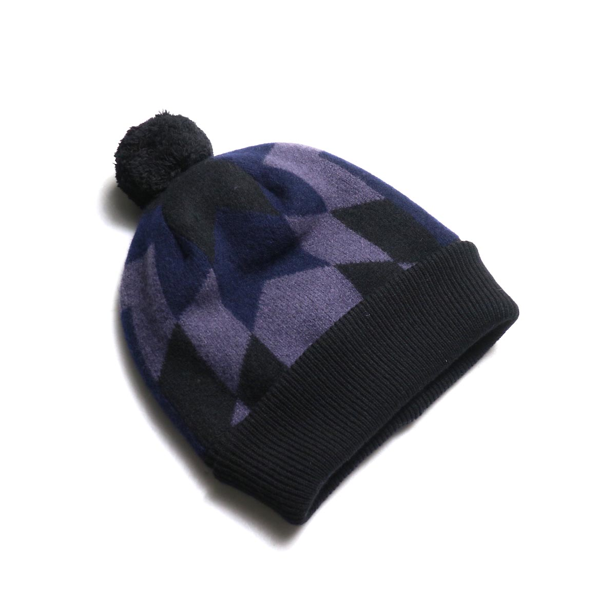 The Soloist / sk.0004AW19 ski cap. -Black × Mid Night × Eggplant 全体像