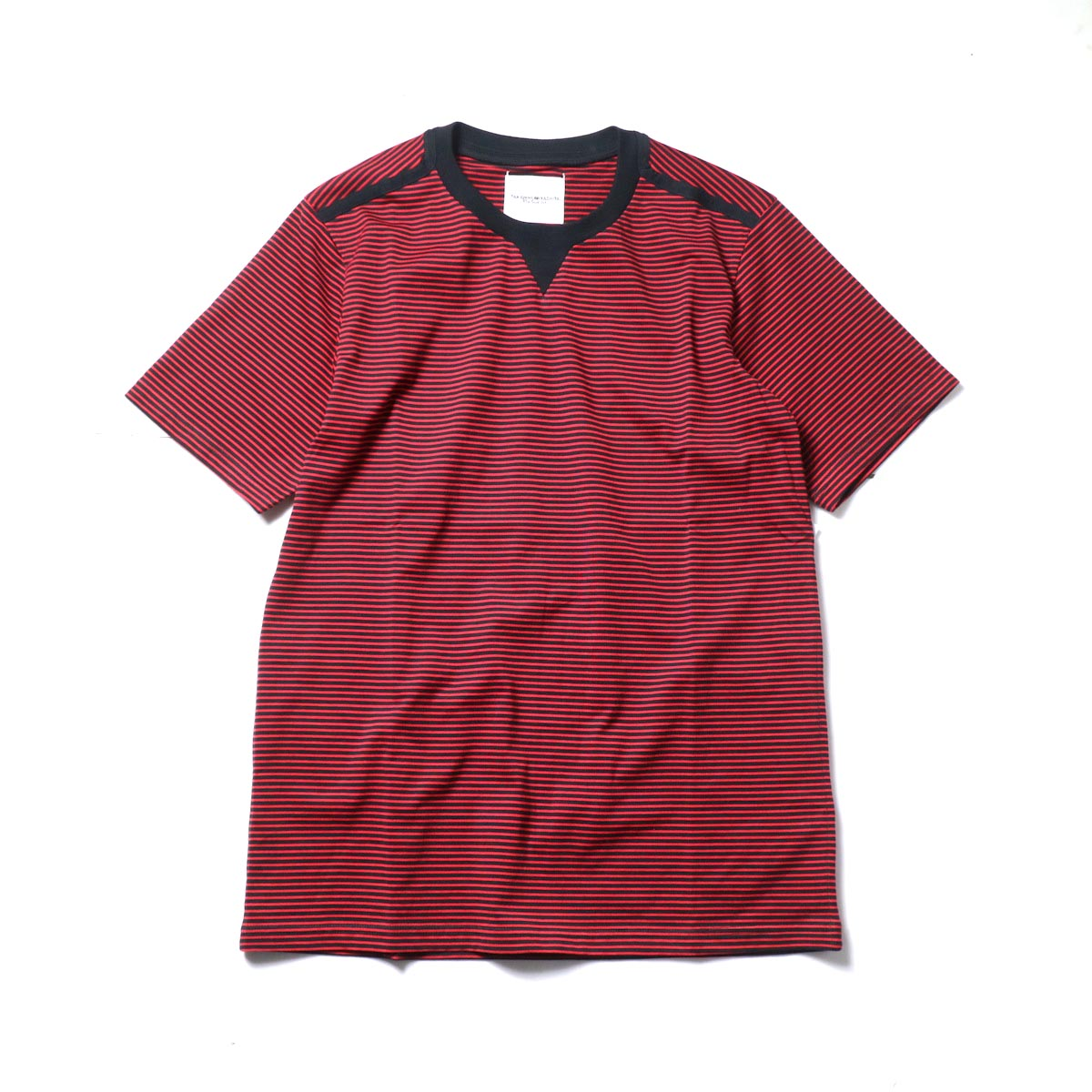 The Soloist / swc.0009a crew neck s/s striped tee. (Black × Red)
