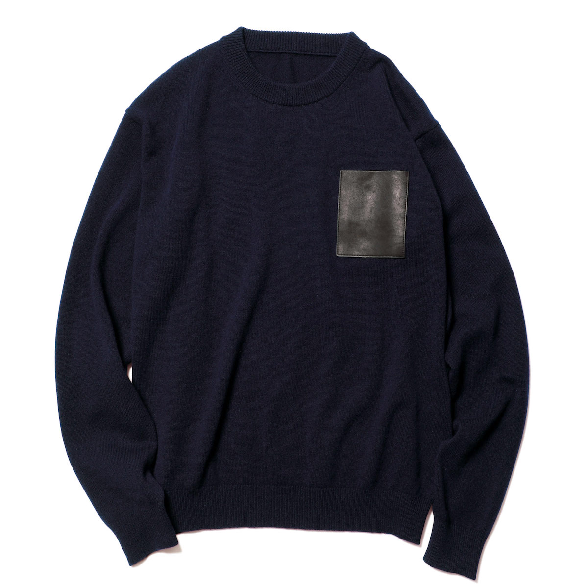 SOPHNET. / LEATHER POCKET CREW NECK KNIT (Navy)