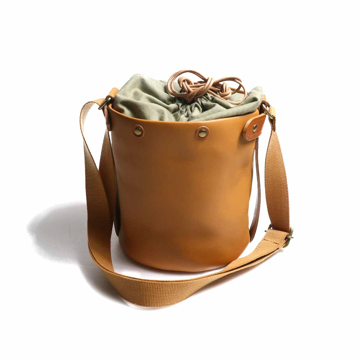 "Suolo / Shoulder Bag ""SAND mini leather"" -Camel"
