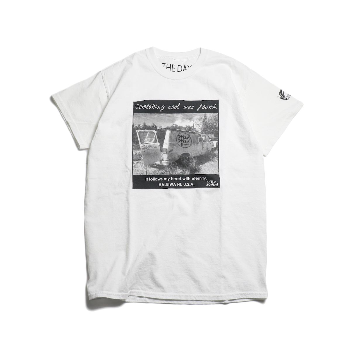 THE DAY ON THE BEACH / Wild Bus Tee -White