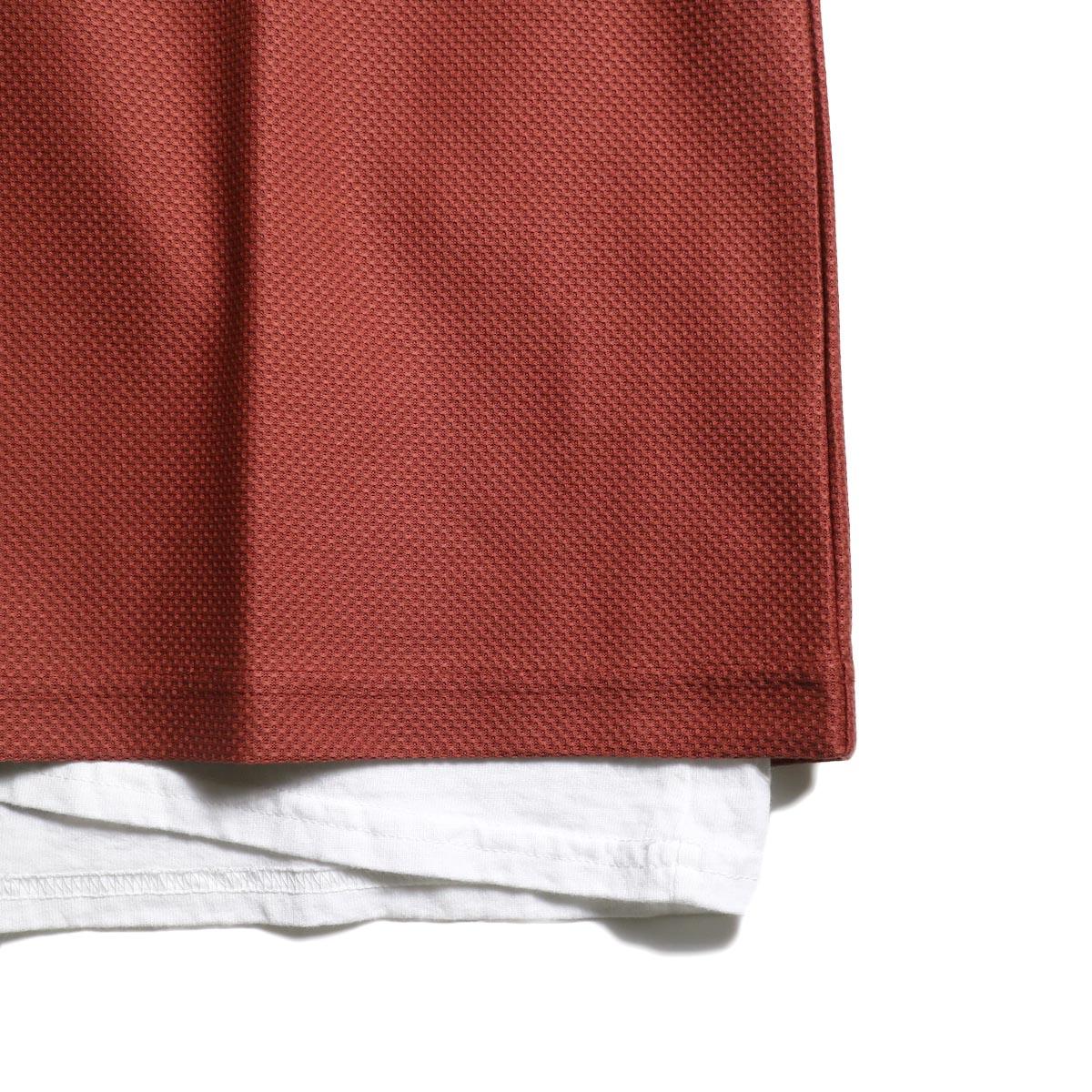 UNIVERSAL PRODUCTS /  PIQUE VEST (Smoke Orange)裾