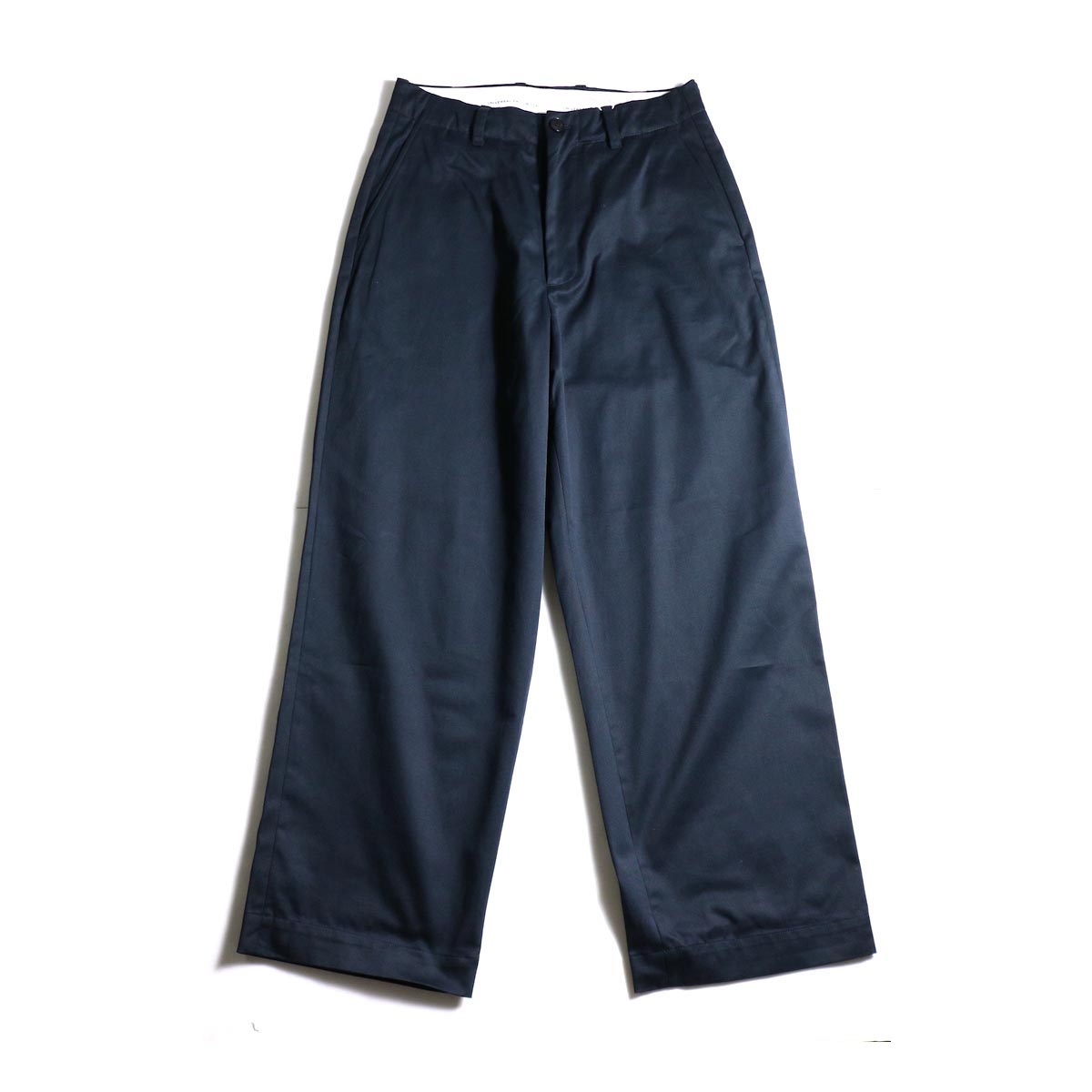 UNIVERSAL PRODUCTS / No Tuck Wide Chino Trousers (Navy)正面