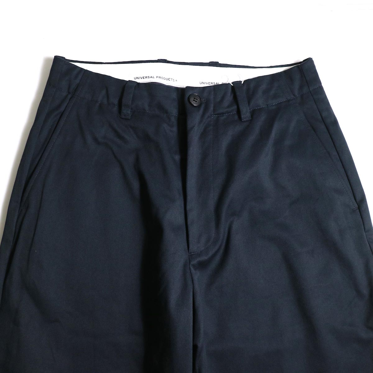 UNIVERSAL PRODUCTS / No Tuck Wide Chino Trousers (Navy)ウエスト
