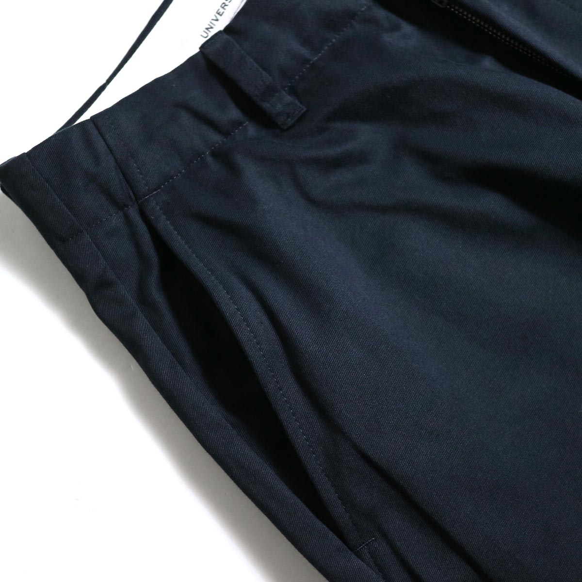 UNIVERSAL PRODUCTS / No Tuck Wide Chino Trousers (Navy)ポケット