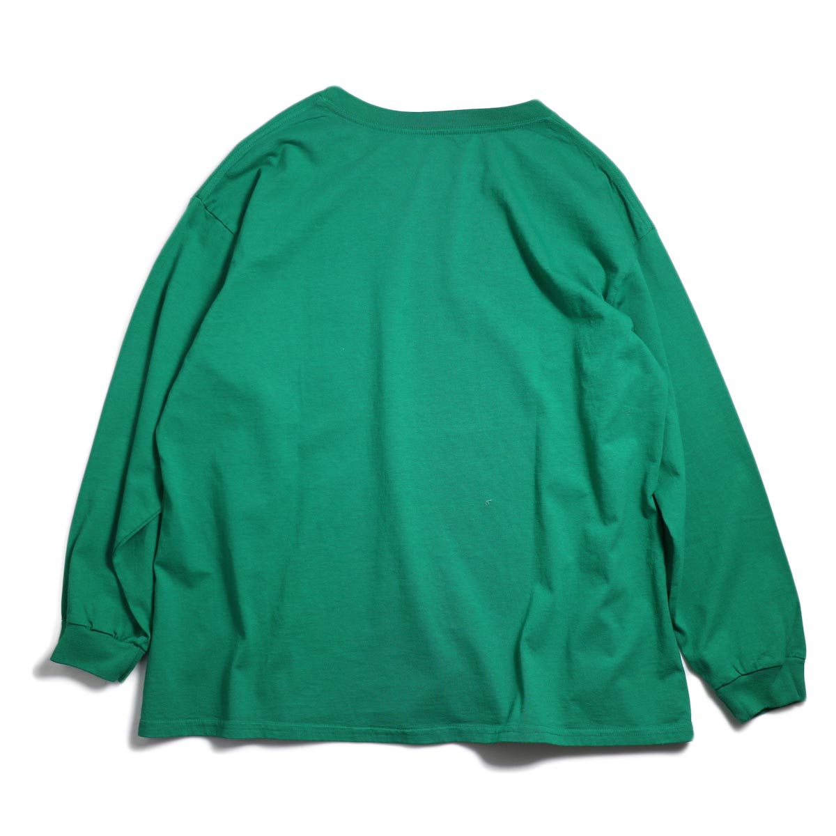 UNIVERSAL PRODUCTS / Heavy Weight L/S T-Shirt -Green 背面