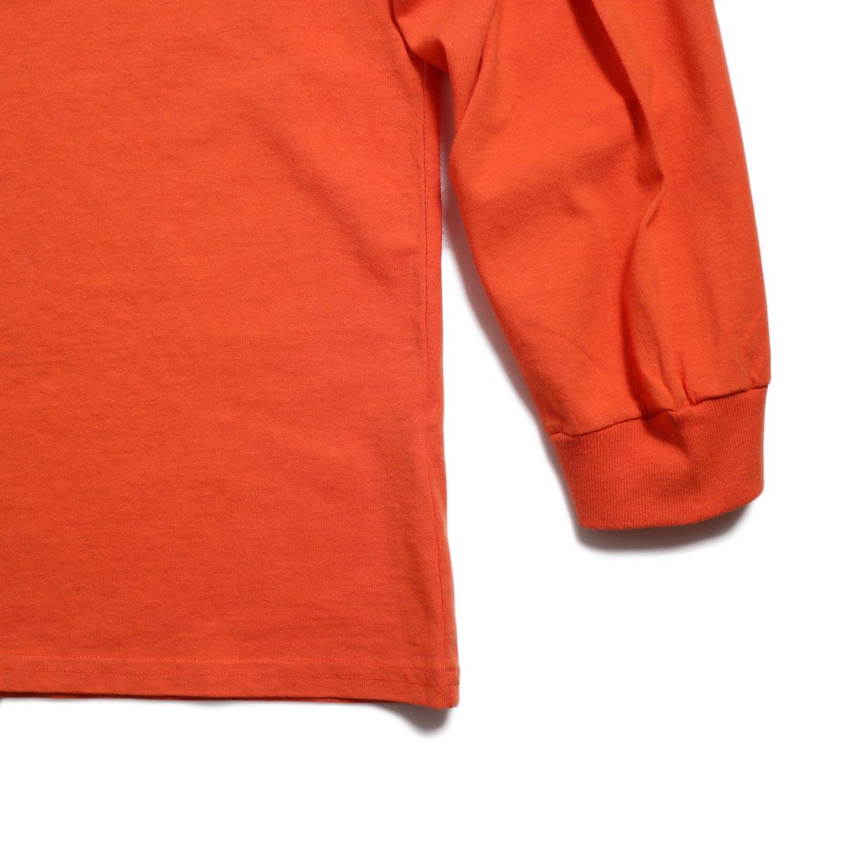 UNIVERSAL PRODUCTS / Heavy Weight L/S T-Shirt -Orange 裾、袖