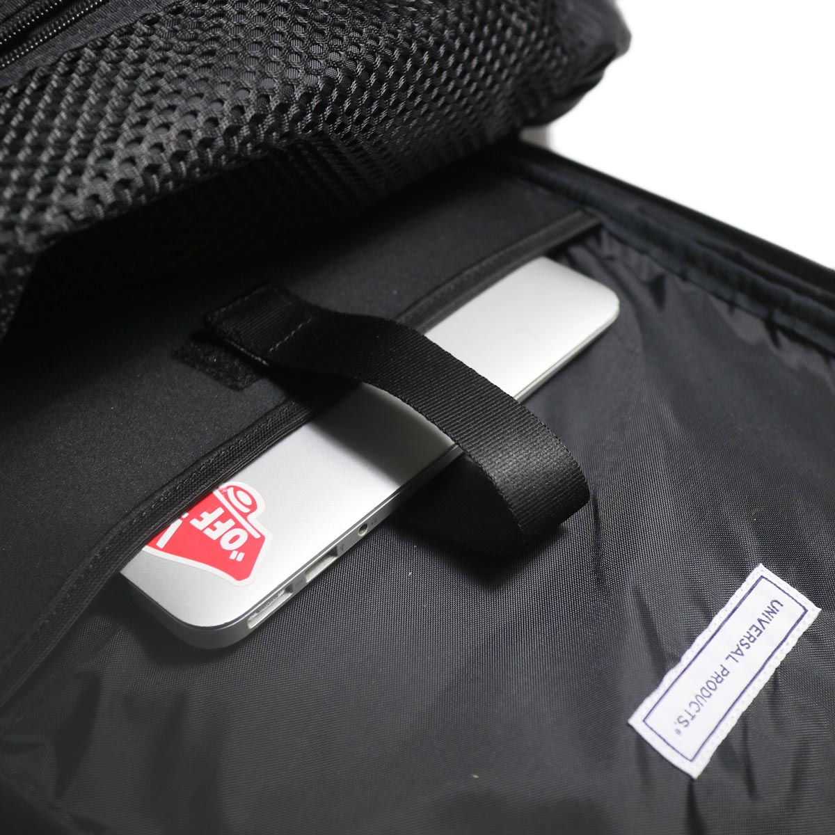 UNIVERSAL PRODUCTS / New Utility Bag -Black パソコンスリーブ