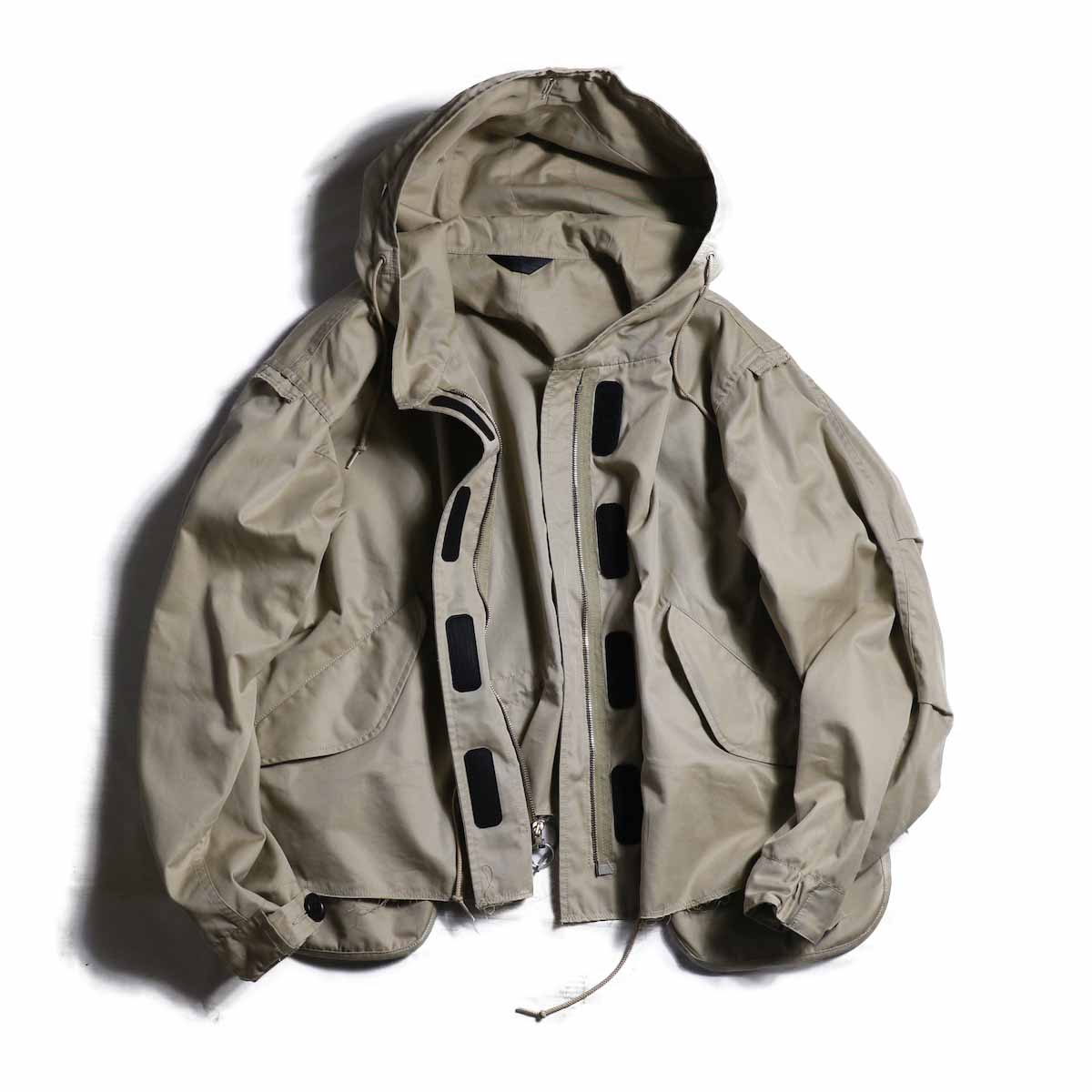 UNUSED Ladies / US1472 Cut Off Mountain Parka  -BEIGE
