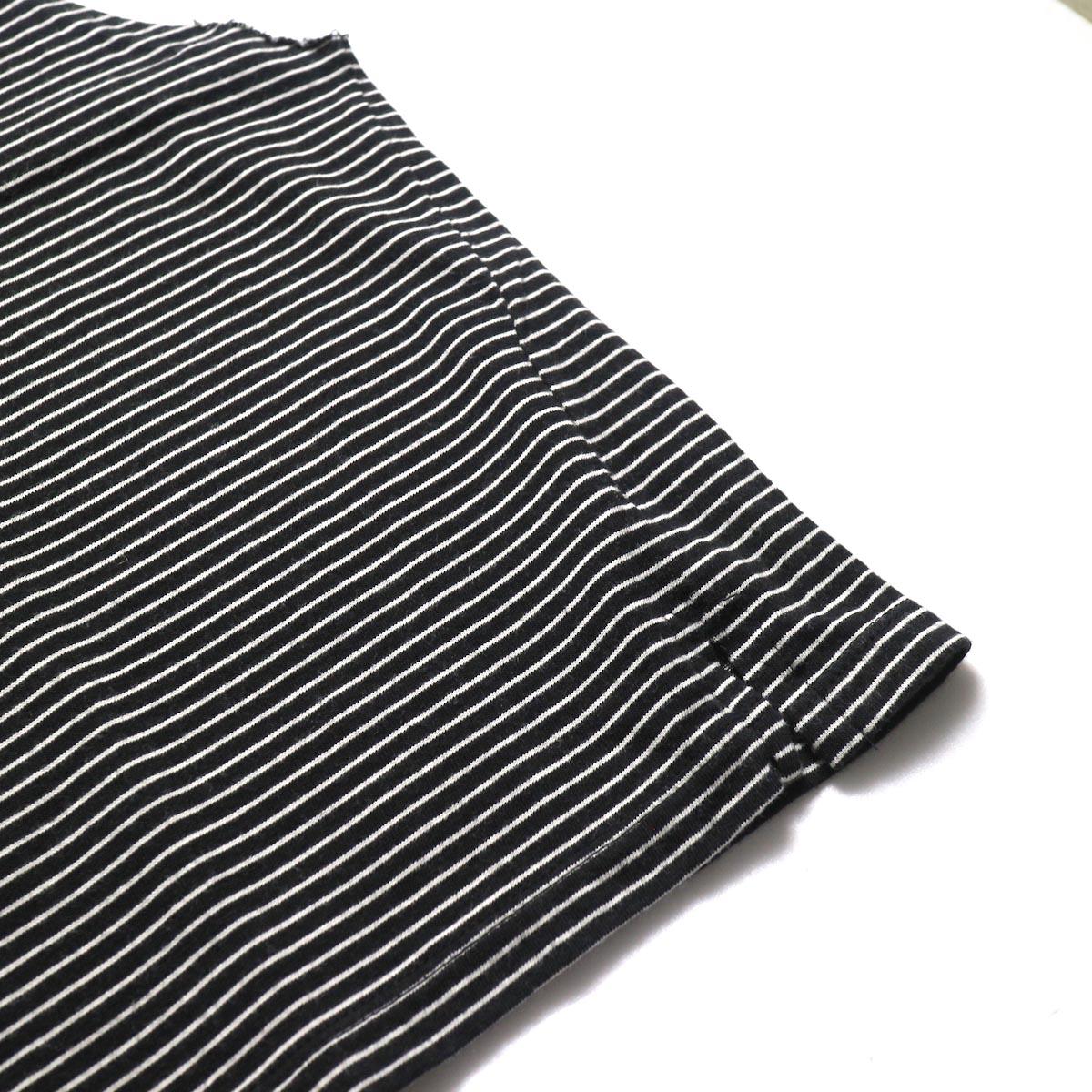 UNUSED / US1568 Border No Sleeve Tee (Black×White)裾