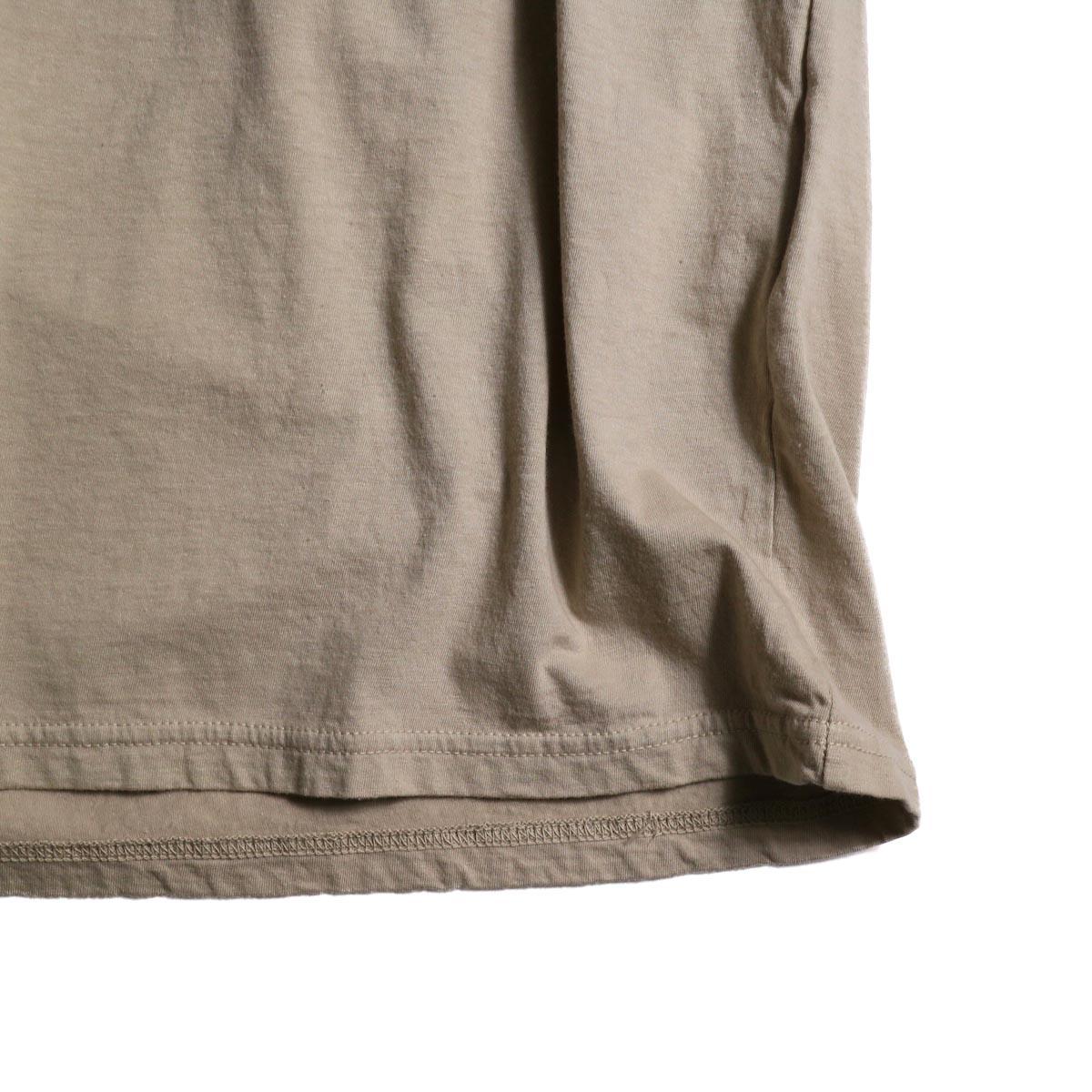 UNUSED / US1575 Crew Neck S/S Tee (Beige)裾