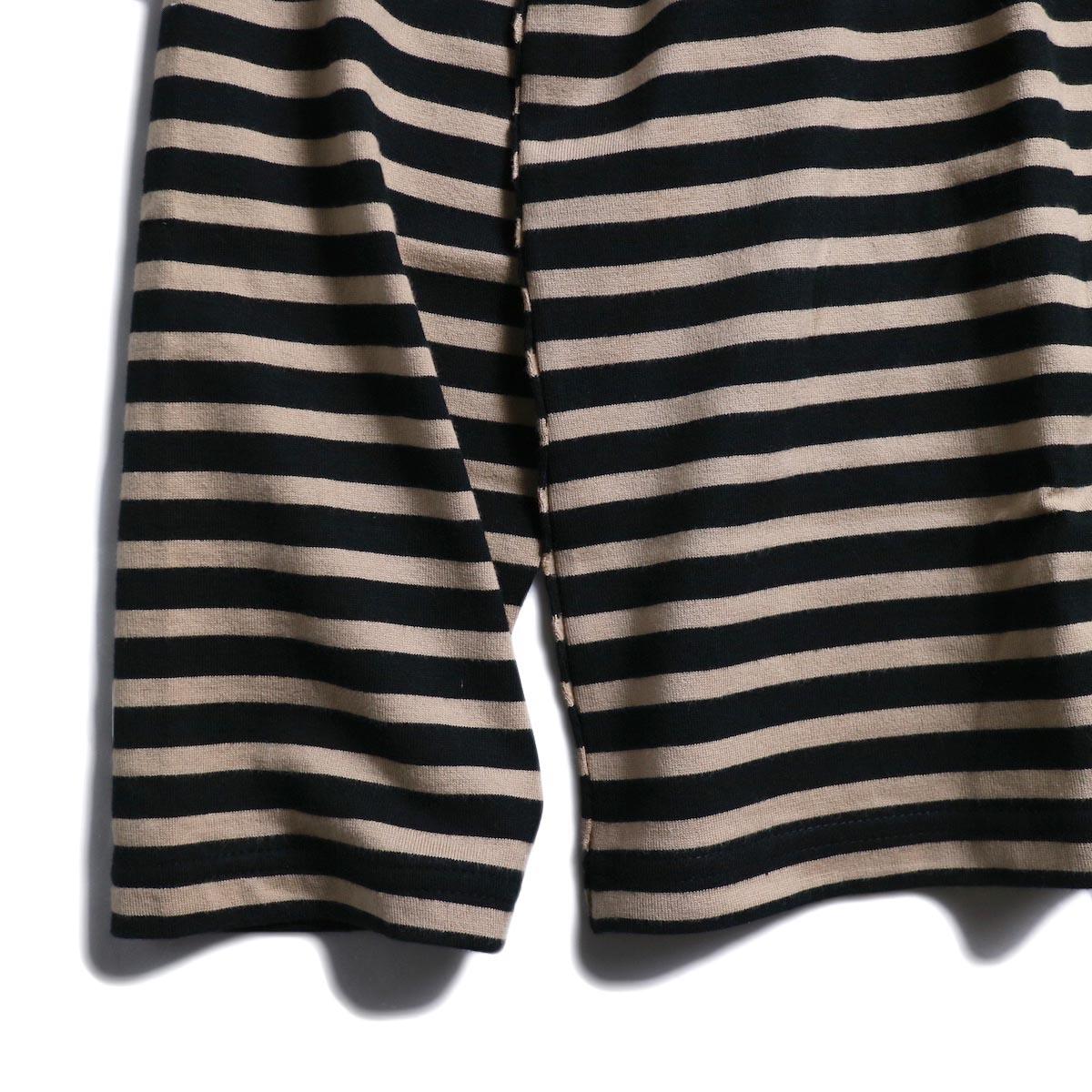 UNUSED / US1682 Long Sleeve Border T-Shirt -Beige/Black 袖、裾
