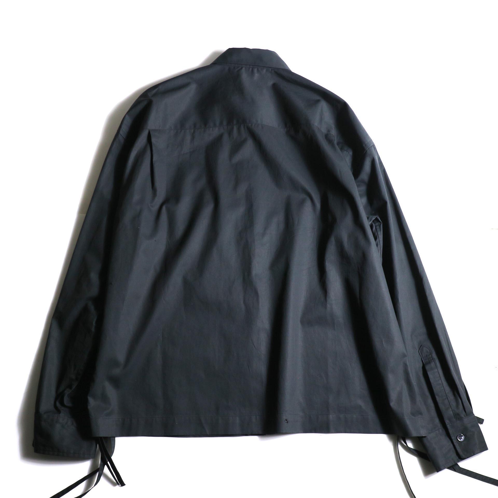 UNUSED / US1743 Slit Shit (Black) 背面