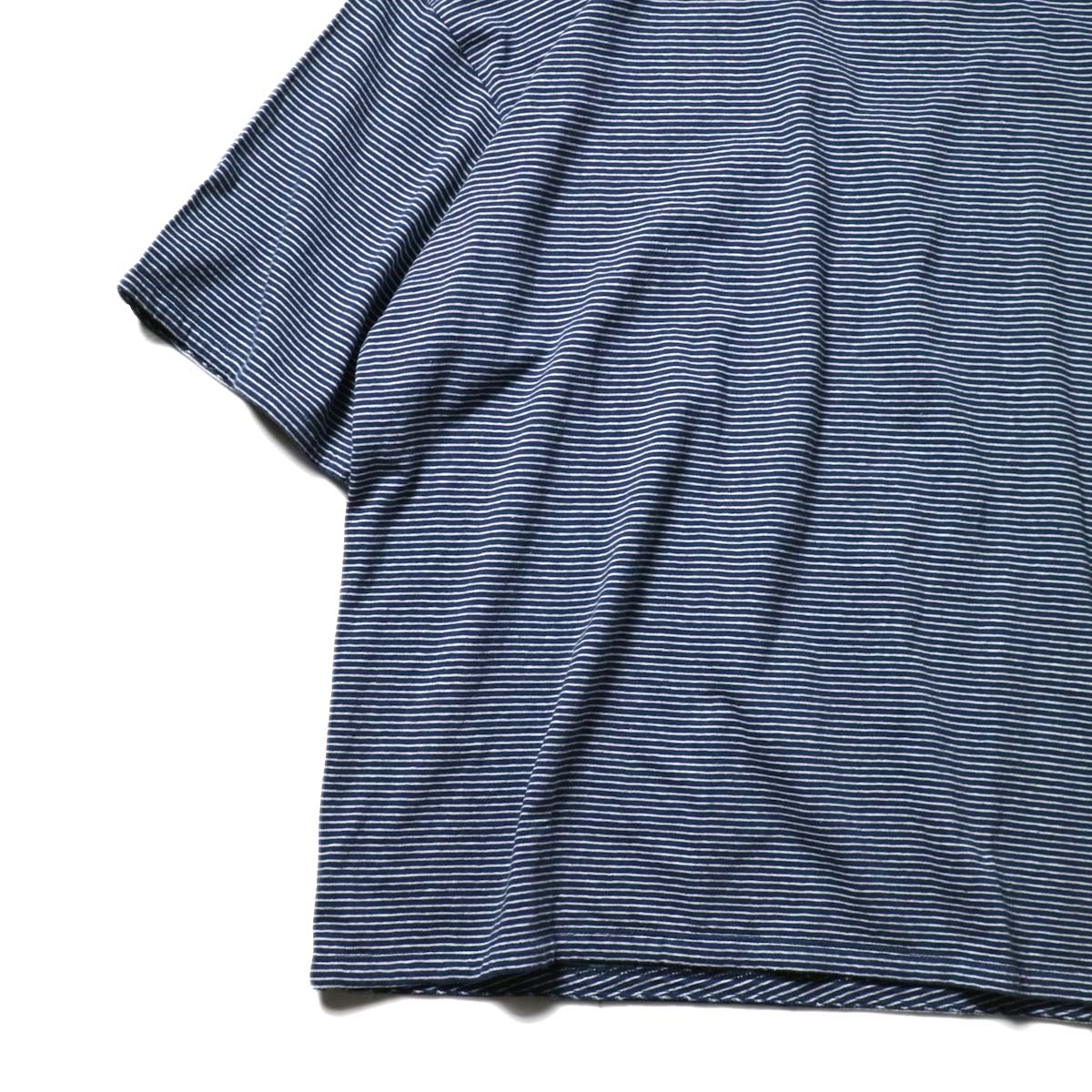 UNUSED / US1963 Short sleeve border t-shirt. (Navy × White)裾・スリット