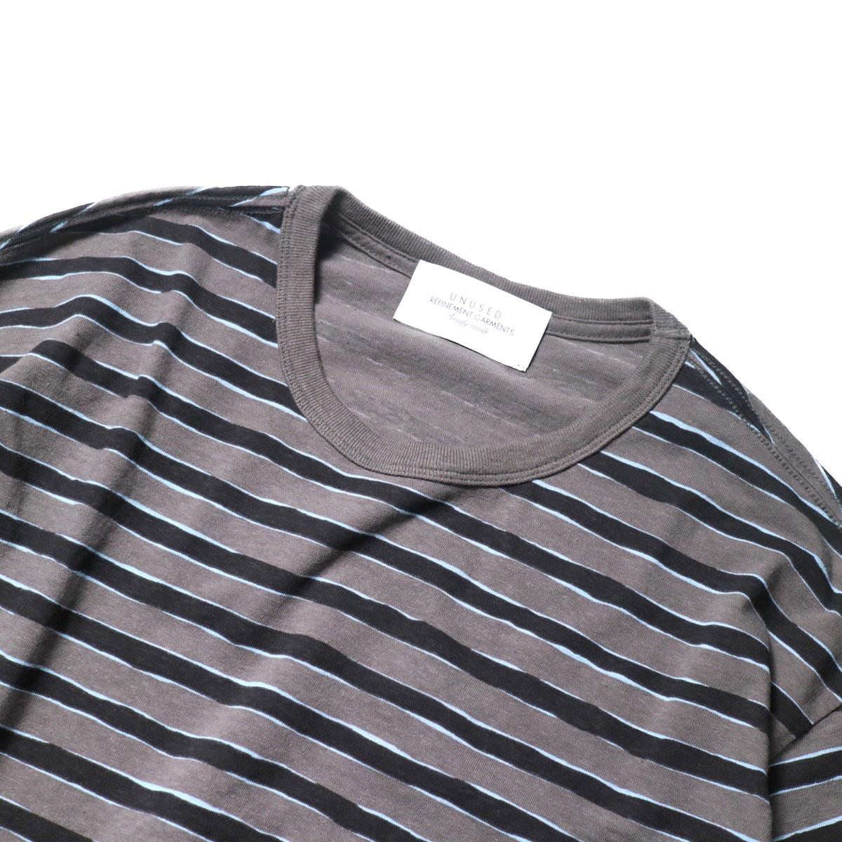 UNUSED / US2019 Border L/S Tee (Charcoal × Black)クルーネック