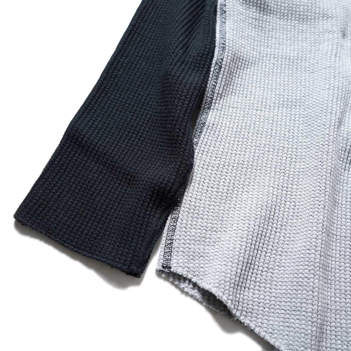 UNUSED / US2069 L/S Thermal Tee (Gray × Black)裾、袖