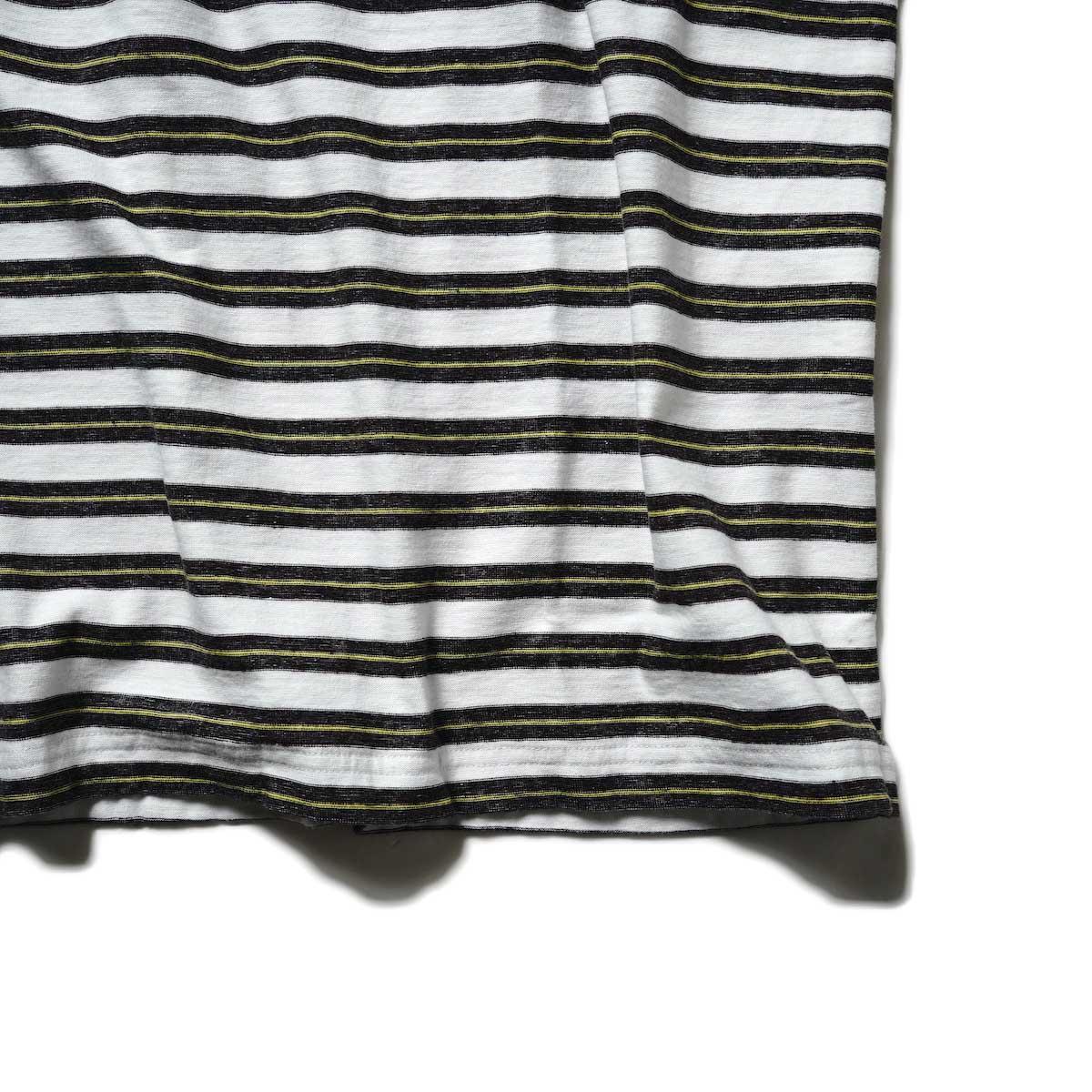 UNUSED / US2108 Border t-shirt (White × Black)裾