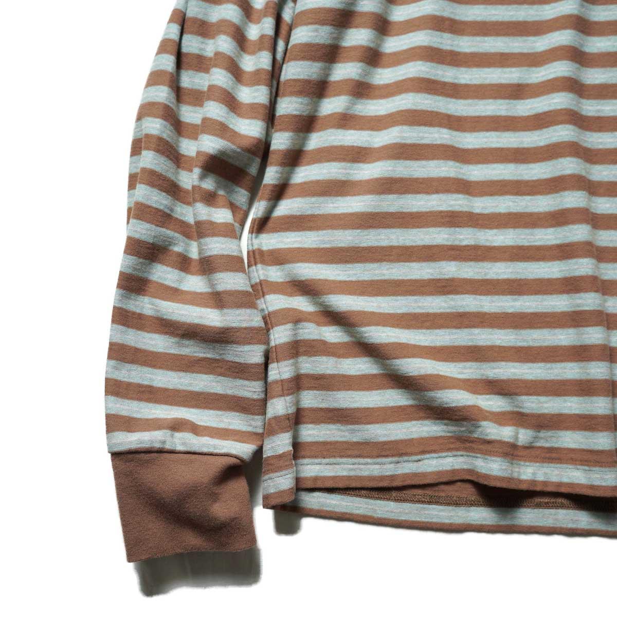 UNUSED / US2116 L/S Border Tee (Brown × Sax) 袖・裾