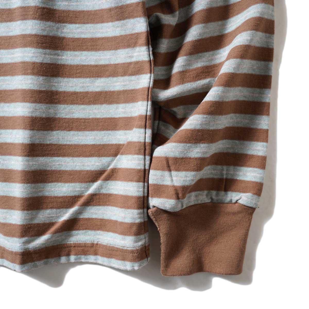 UNUSED / US2117 L/S Border Tee (Brown × Sax) 袖・裾