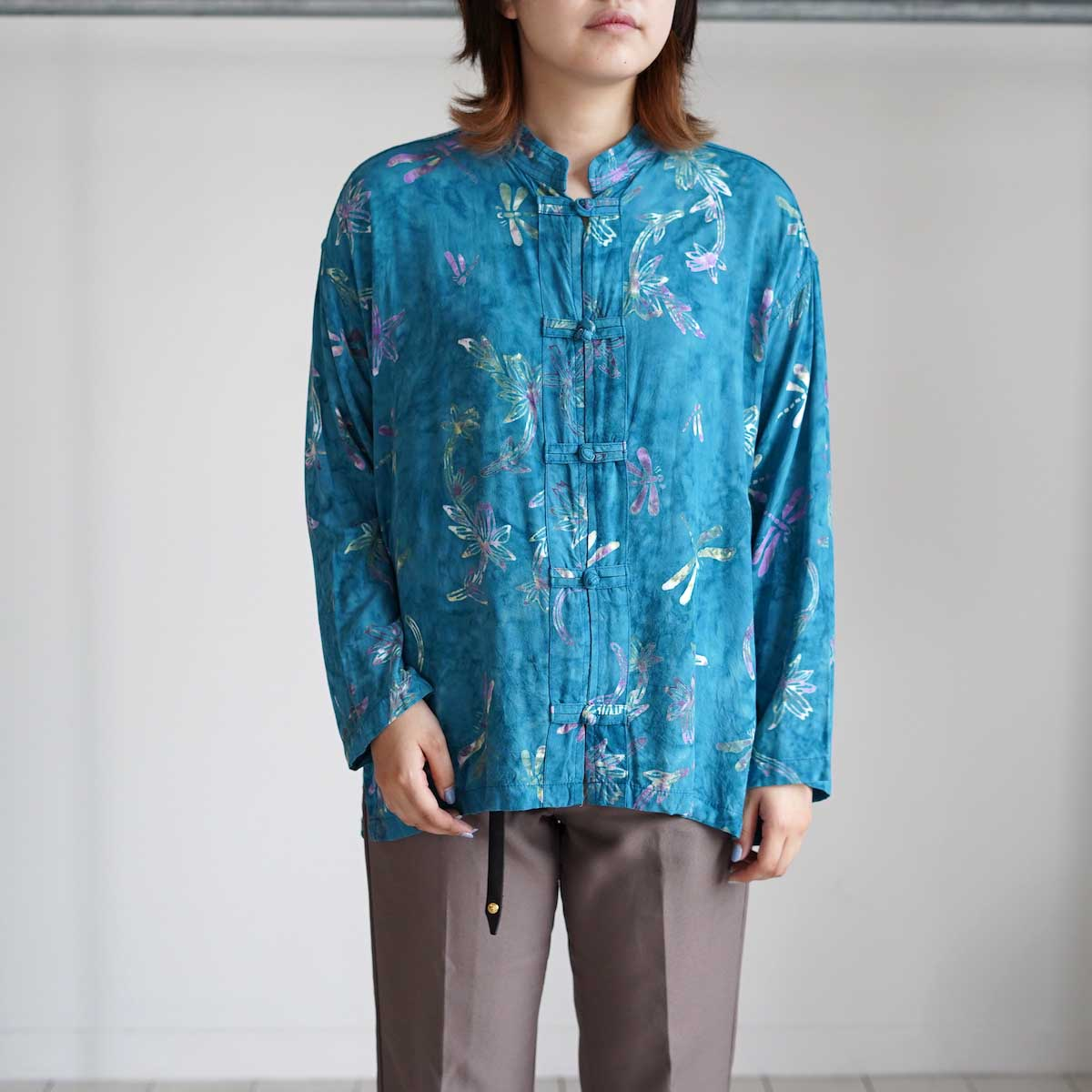 USED / Print Shirt (G) 着用・正面