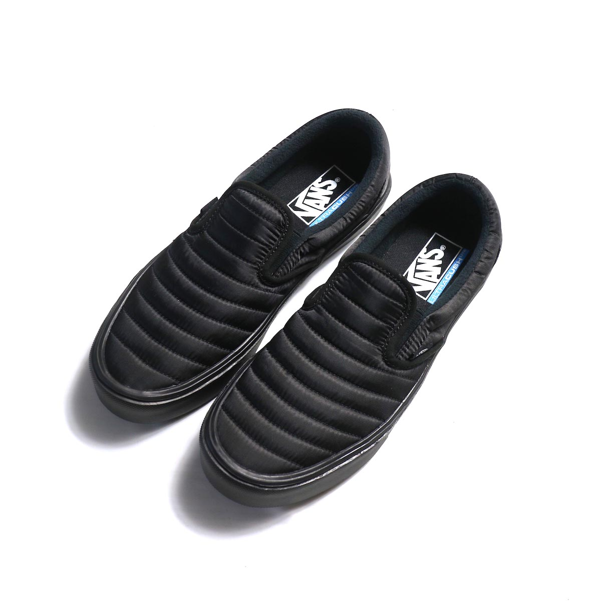 VANS / SLIP-ON LITE (QUILTED) BLACK/BLACK