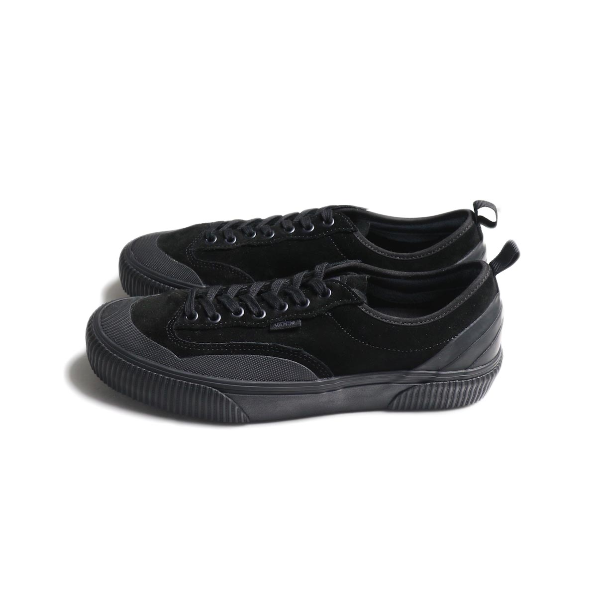 VANS / DESTRUCT SF -Black