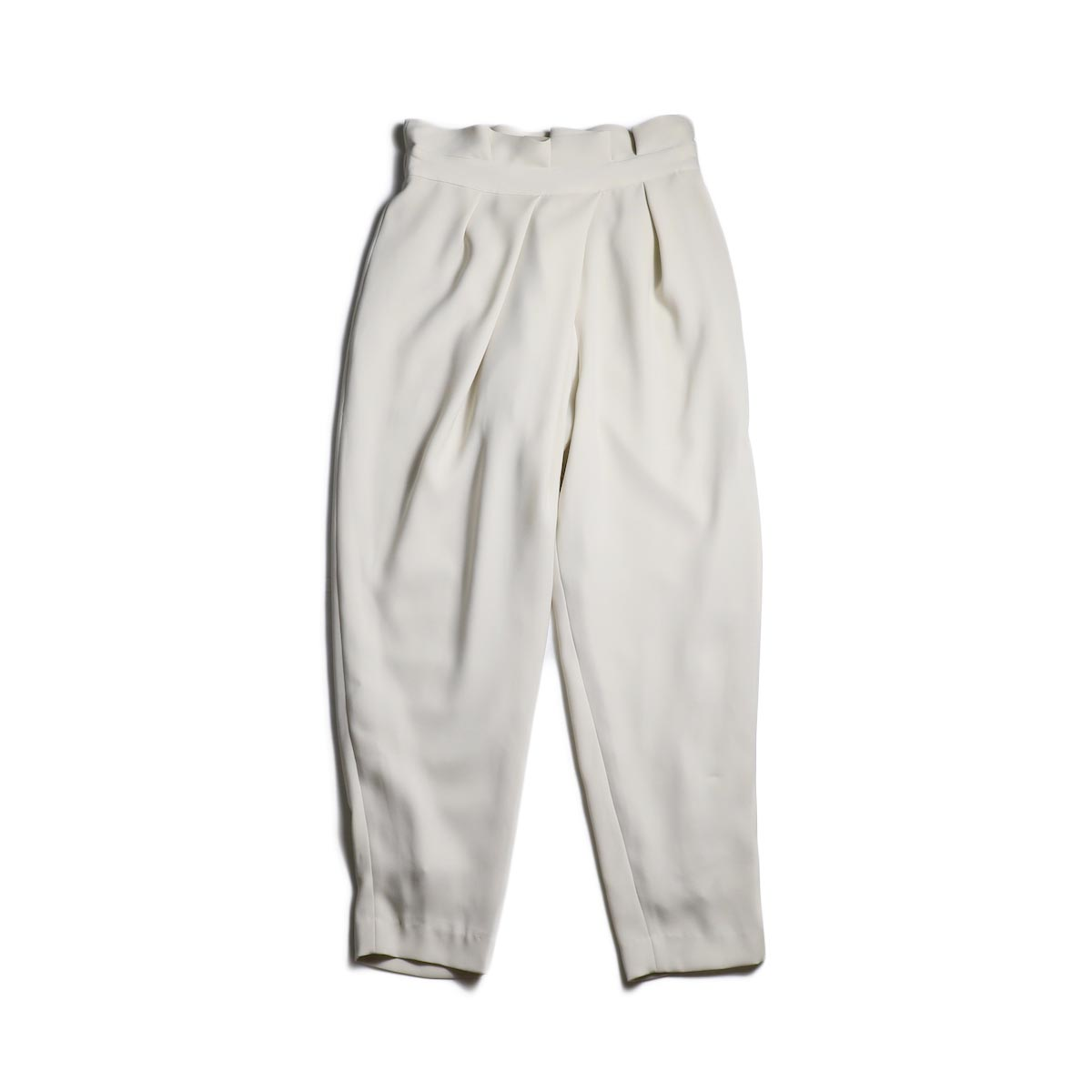 WHYTO. / Double Cloth Satin Tapered Trousers (Lt.Beige)