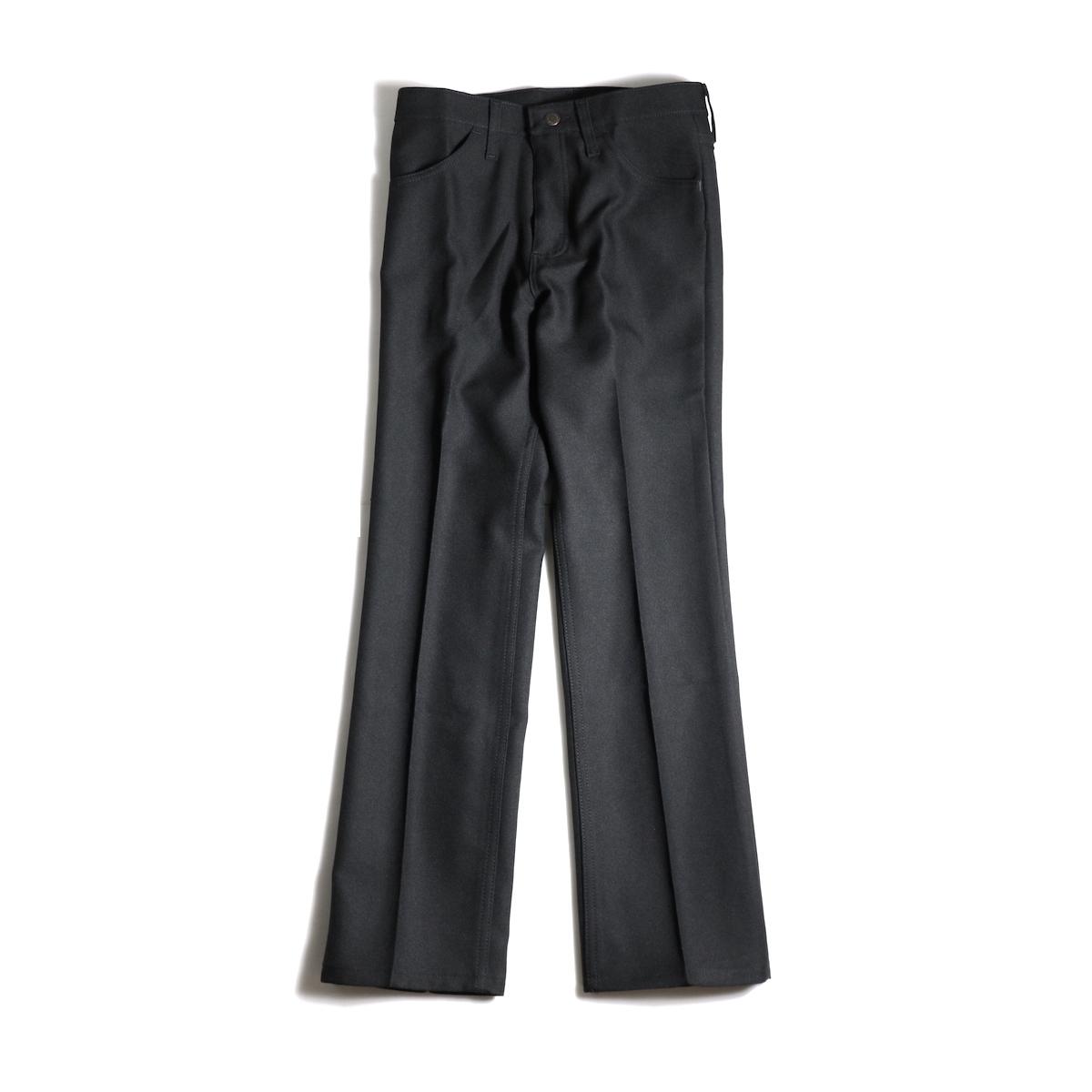 Wrangler / WRANCHER DRESS JEANS (Black)正面