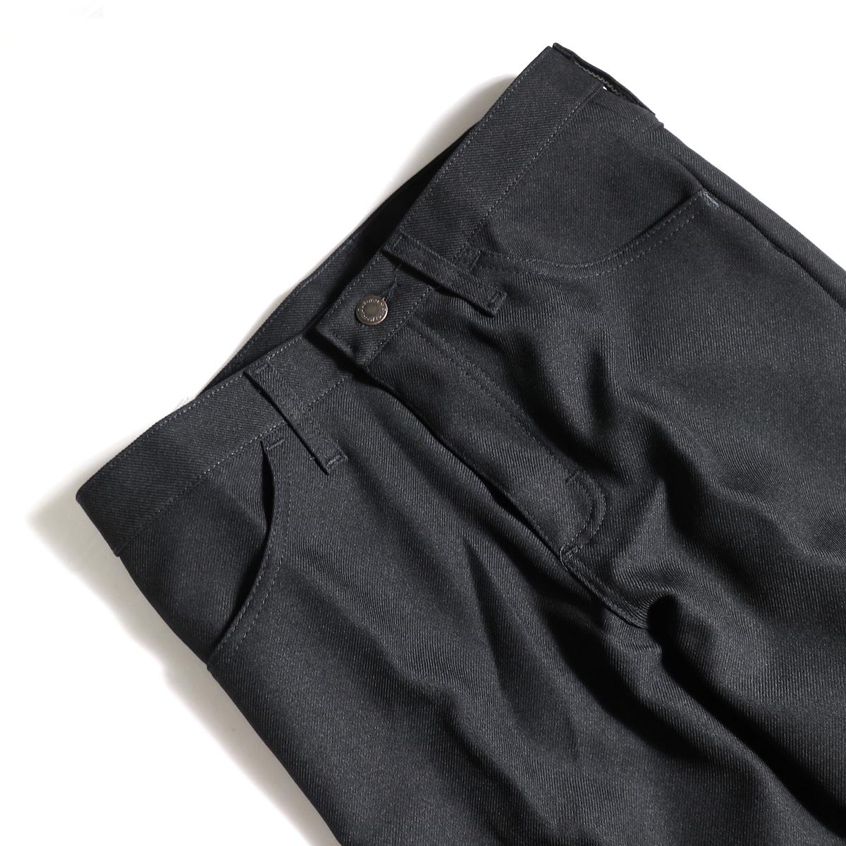 Wrangler / WRANCHER DRESS JEANS (Black)ウエスト