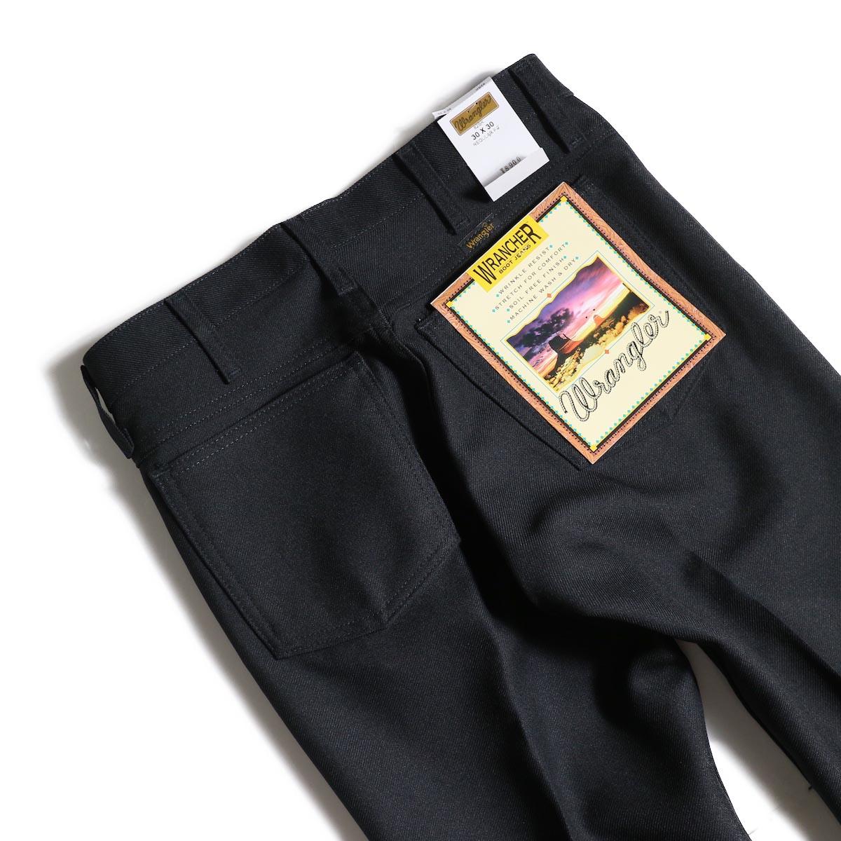 Wrangler / WRANCHER DRESS JEANS (Black)ヒップポケット