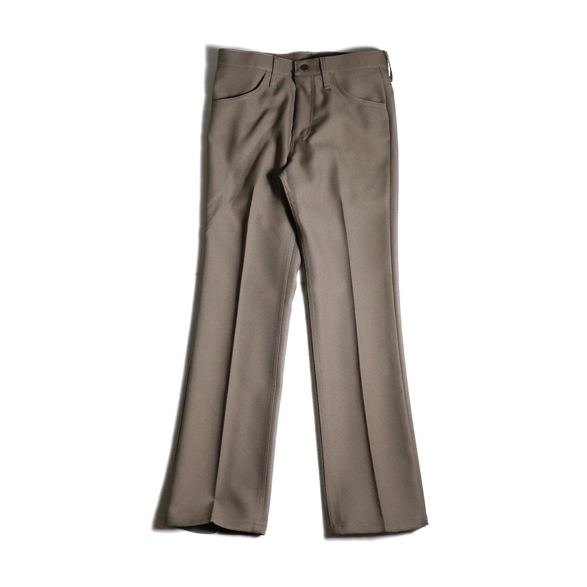 Wrangler / WRANCHER DRESS JEANS (Birch)正面
