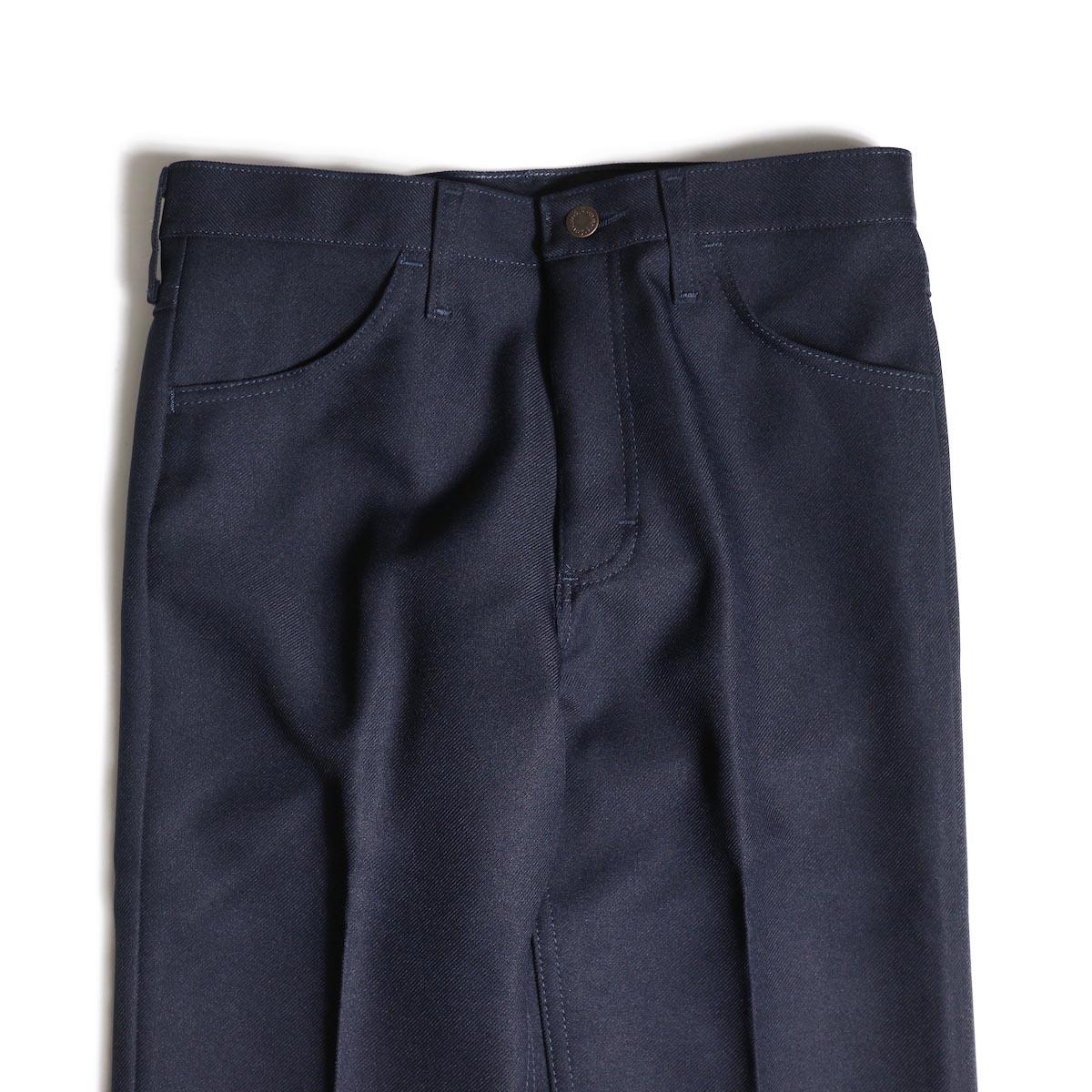 Wrangler / WRANCHER DRESS JEANS (Navy)ウエスト