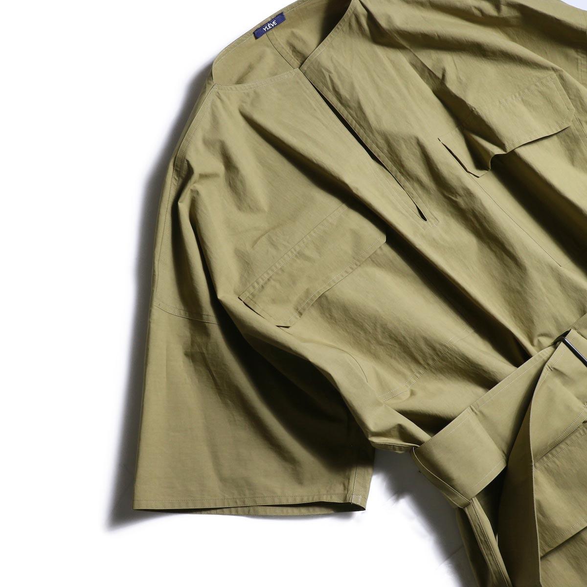 YLEVE / COTTON TYPEWRITER OP (Khaki)袖、ポケット