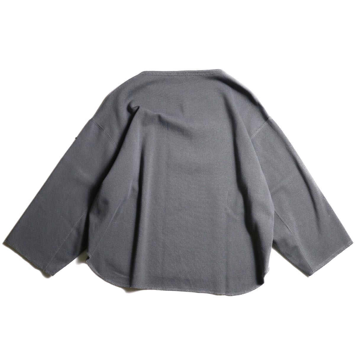 YLEVE / Cotton Rib Pullover (Slate Gray)背面