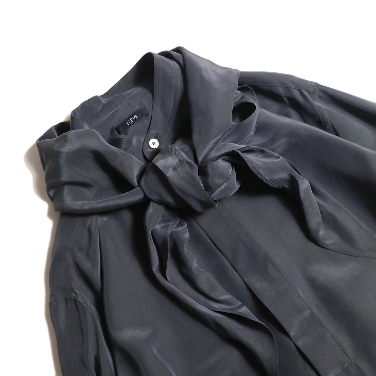 YLEVE / SILK CUPRA SUEDE BL (charcoal) スカーフ付き フロント