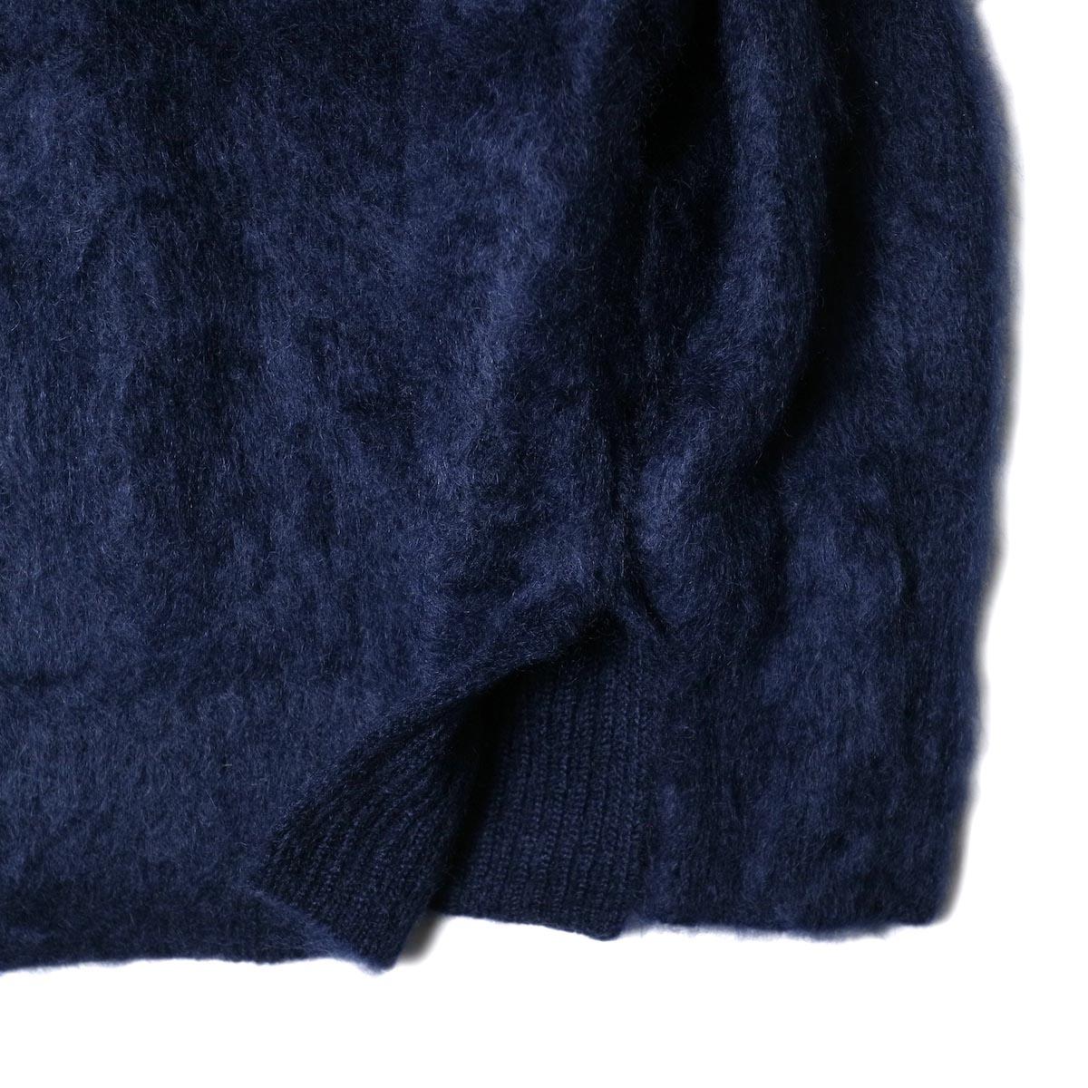 YLEVE / KID MOHAIR SHAGGY KN P/O (navy) 袖・裾