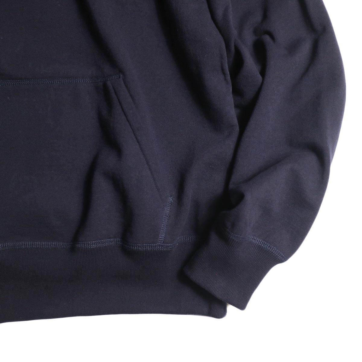 YLEVE / SUVIN CTN SWEAT HOODIE (navy) ポケット・袖・裾