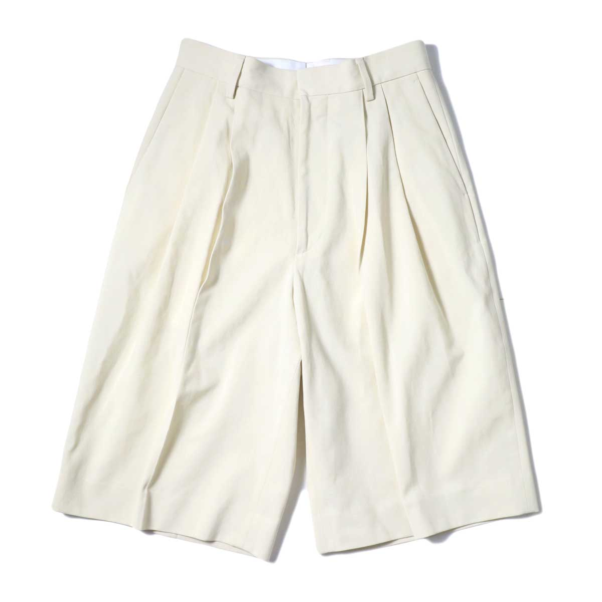 YLEVE / HIGH COUNT COTTON KERSEY SHORTS (Straw Beige) 正面