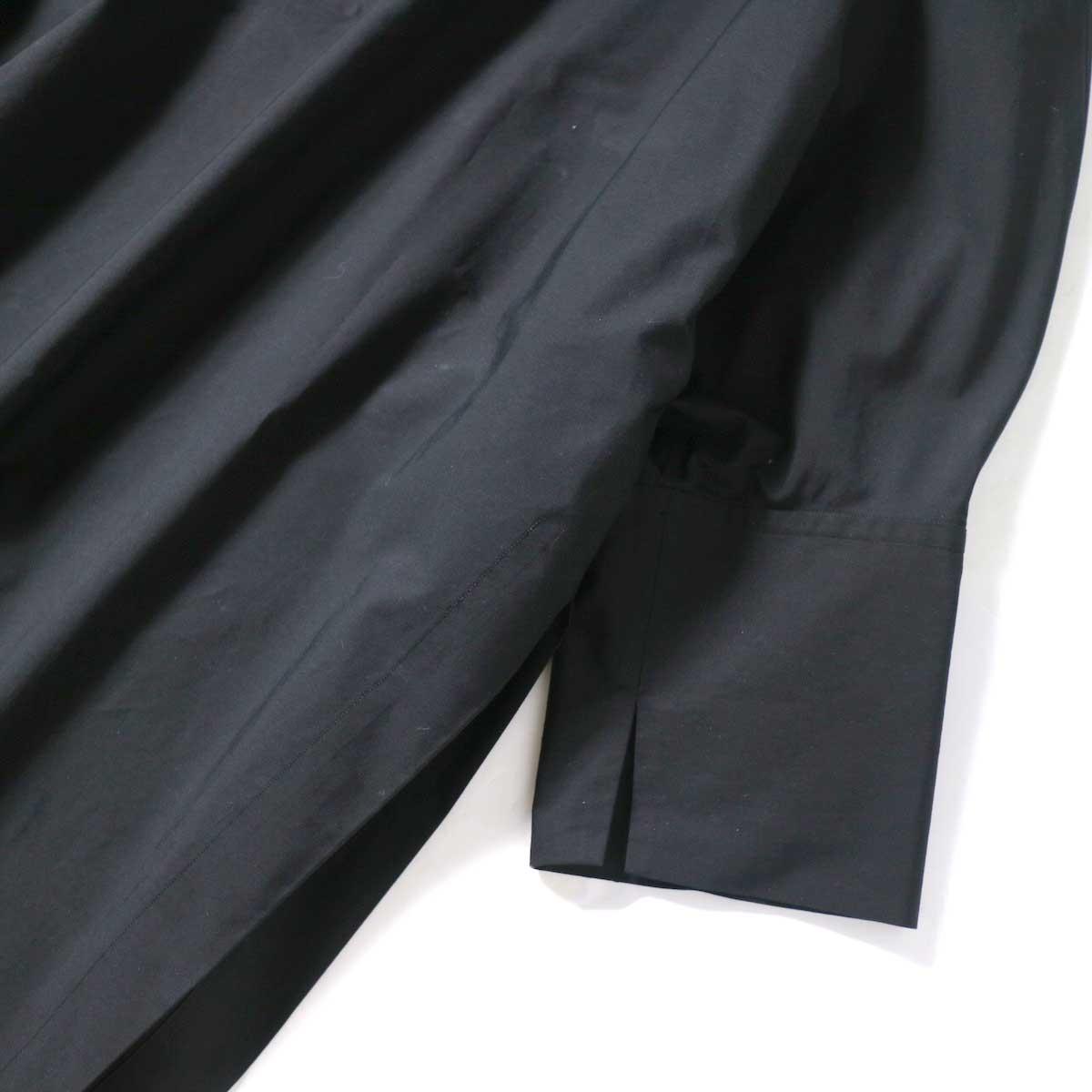 YLEVE / COTTON TYPEW RITER LONG KAFTAN SHIRT (Black) 袖・裾スリット