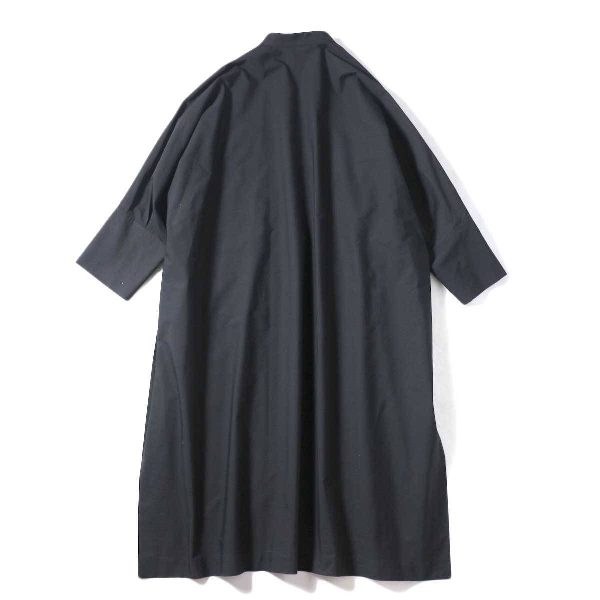 YLEVE / COTTON TYPEW RITER LONG KAFTAN SHIRT (Black) 背面