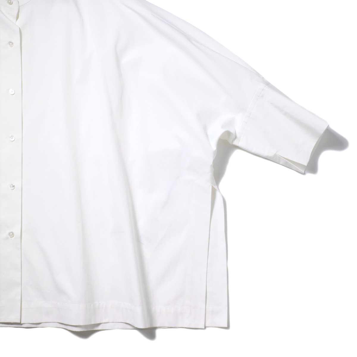 YLEVE / COTTON TYPEW RITER BIG SHIRT (White) 袖・裾