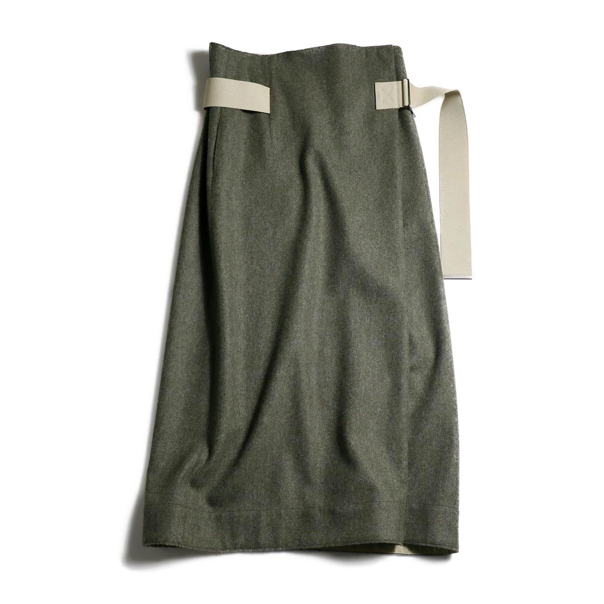 YLEVE / Monotone Tweed CoatYLEVE / Fox Wool Flannel SK -Green