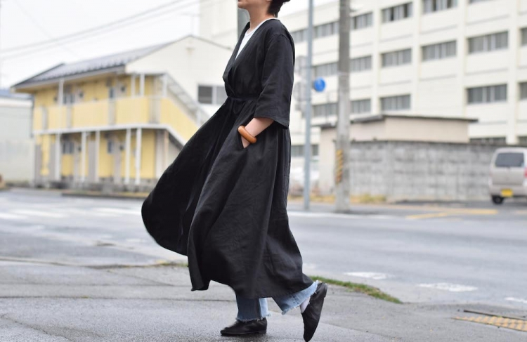 YLEVE / Linen High Count OP -Black 着用3
